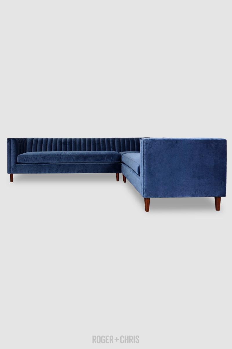 Tufted Sectional In Blue Velvet Fabric