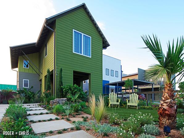 Modern Farmhouse Front Yard Blog Roger Chris